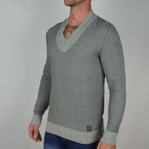 Pull homme col V gris clair